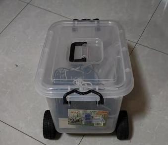 依托rovi改装的储纳箱机器人